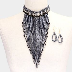 • Seed Beaded Choker Necklace
